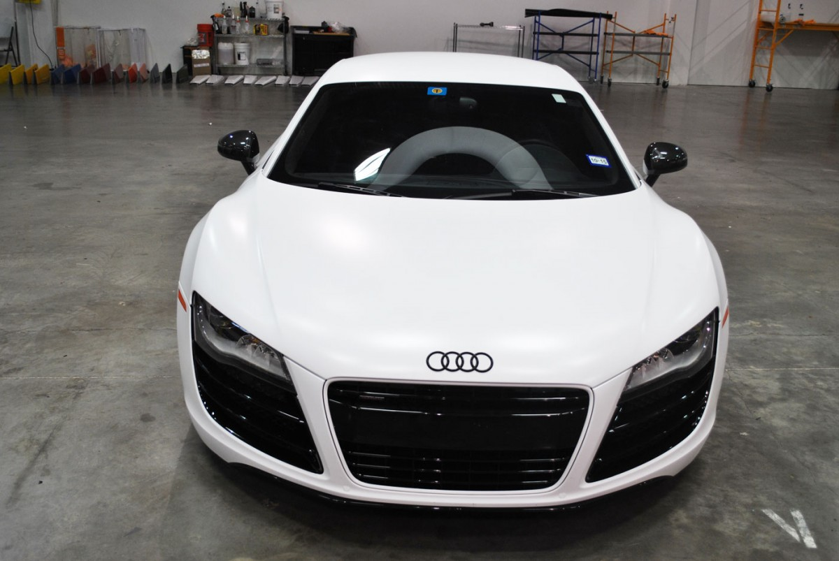 Black Audi R8 Color Change To Satin White