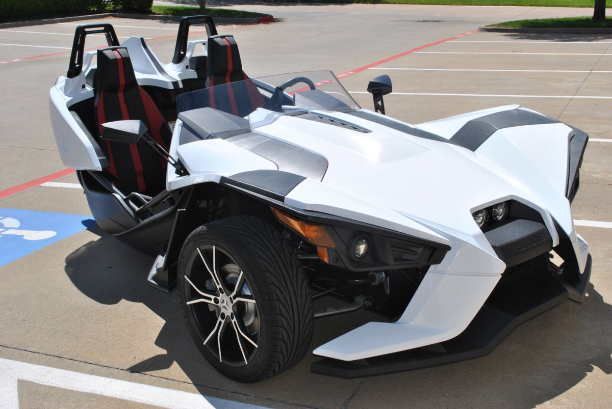 polaris slingshot wraps car wrap city Slingshot Car Pink the second client wished to change the color of their slingshot from grey to a black deep matte vinyl made by 3m deep matte black varies slightly from the