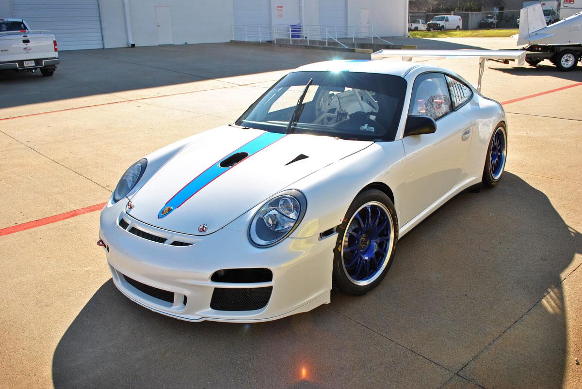 GT3 911 White Pearl Color Change + Chrome Stripe Kit | Car Wrap City