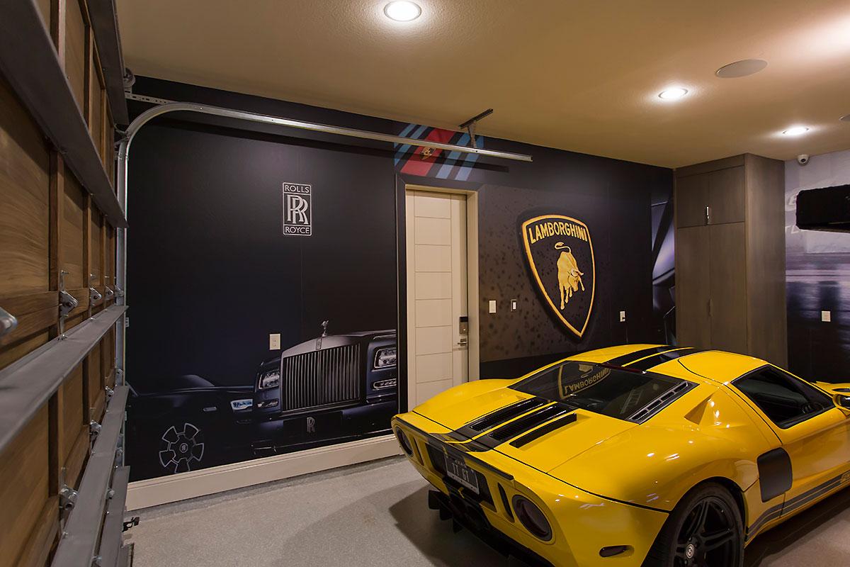 Garage Walls Car Wrap City
