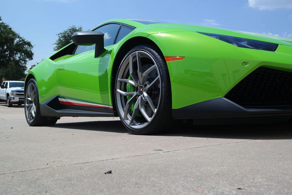 Lamborghini Huracan Accents Car Wrap City