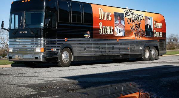 Prevost Country music tour bus