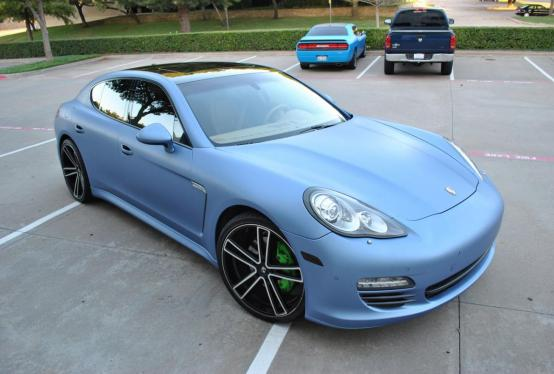 Porsche Panamera color change
